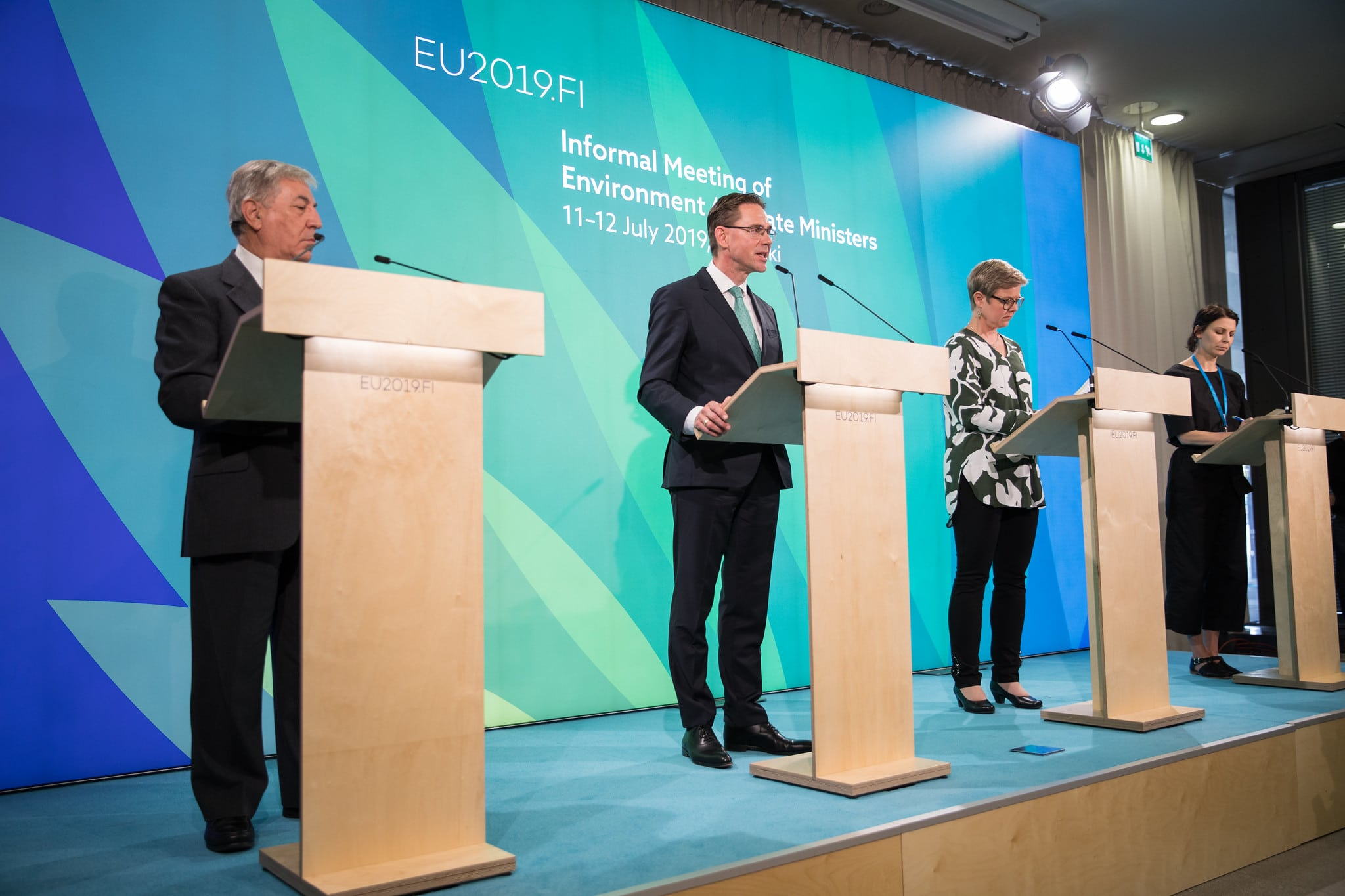 EU Environment and Climate Ministers support a shift towards a truly circular economy