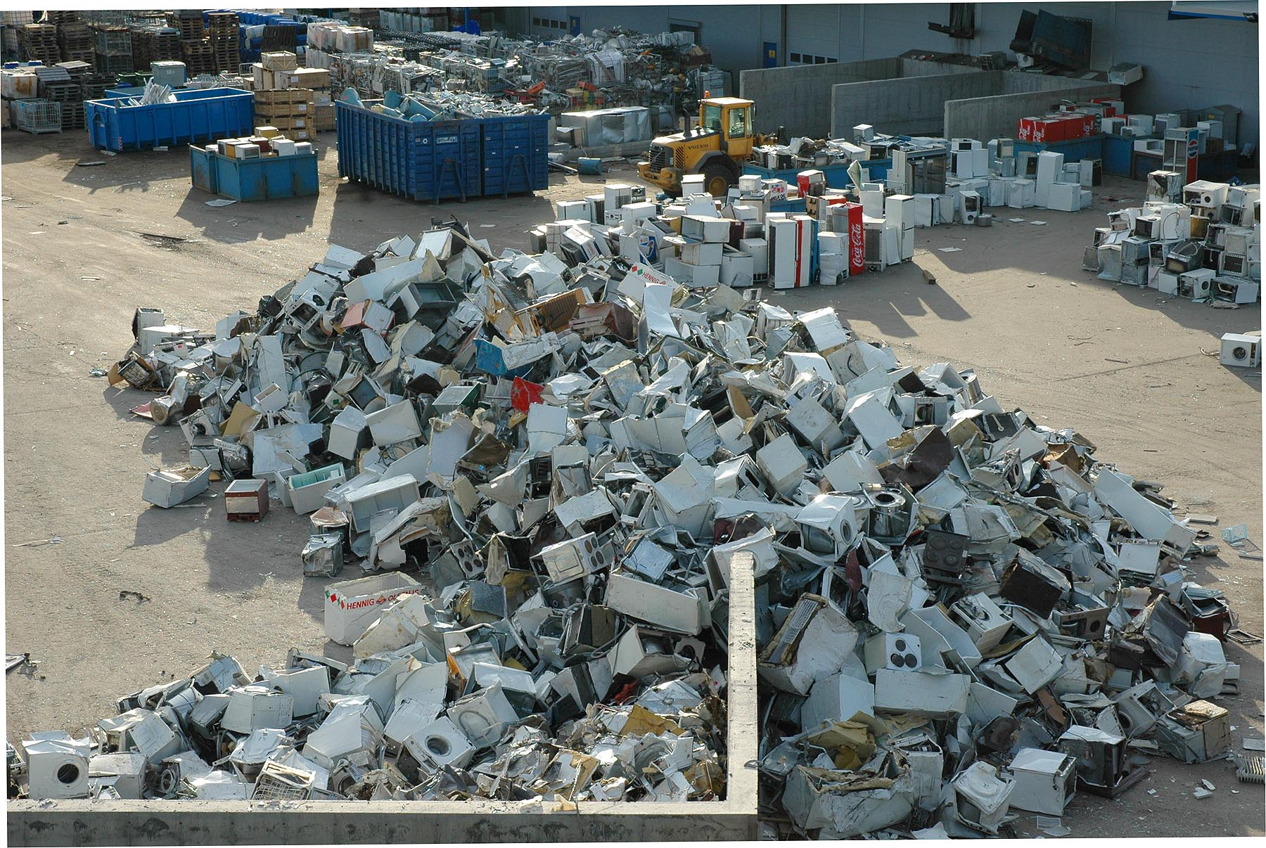 Better access needed to millions of discarded re-usable goods says EU study